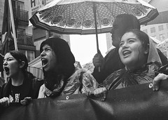 J20 - Los Angeles (Casey Lombardo) Tags: losangeles losangelesca la dtla j20 protest protests trump antitrump marching umbrella anger women shouting bw bwphotography bwfp bwstreetphotography streetphotography yashicaelectro35 yashica yashicaelectro kodak kodakfilm kodaktmax400 tmax kodaktmax generalstrike rain rainy rainyday blackandwhite monochrome people grainy filmgrain pushprocess