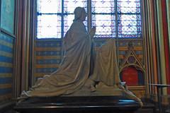 2014.11.06.069 PARIS - Notre-Dame - (alainmichot93) Tags: paris france statue seine ledefrance notredame cathdrale vitrail gothique intrieur 2014 ledelacit paris4mearrondissement