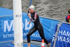 Triathlon Hamburg 2015 (swimonline.de) Tags: swimming schwimmen hamburg goggles orca speedo itu triathlon wetsuit badekappe trisuit swimcap itu2015 ituhamburg
