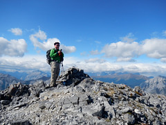 Midnight Peak Easy Scramble -  Ben checking email on summit... (benlarhome) Tags: trees mountain canada nature montagne trekking trek kananaskis rockies hike alberta rockymountain scramble laufen gebirge midnightpeak