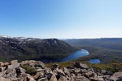 20151004-01-Lookout over Lake Seal (Roger T Wong) Tags: outdoors nationalpark walk australia hike alpine tasmania np bushwalk tramp 2015 subalpine mtfield lakeseal sony1635 rogertwong sel1635z sonya7ii sonyilce7m2 sonyalpha7ii sonyfe1635mmf4zaosscarlzeissvariotessart