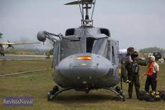 28/11/2005 Operacin Respuesta Solidaria II. Militares espaoles evacan a paquistanes de la zona de influencia del terremoto. Foto: MDE (Ministerio de Defensa) Tags: ii helicptero terremoto respuesta solidaria pakistn
