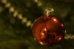 Julstämning (Explore 2015-12-19) (nillamaria) Tags: christmastree christmasball julgran christmasspirit julkula fotosondag fs151220 julstamning