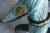 IMG_4095.jpg (peterthomsen) Tags: caletticycles scrambler steel handmade handbuilt bicycle handpainted jeremiahkille enve chrisking custom santacruz craft