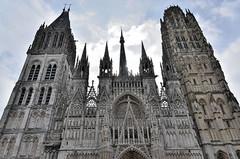 Rouen (Seine-Maritime) - Cathédrale Notre-Dame - Façade occidentale en contre-jour (Morio60) Tags: rouen seinemaritime 76 normandie cathédrale notredame