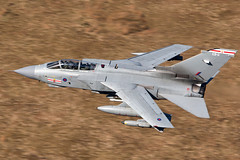 ZA600 41SQN / EB-G (PhoenixFlyer2008) Tags: royalairforce raf tornadogr4 41rsquadron coningsby lowlevel machloop wales canon neilbates apollo ebg za600 cadair military aviation aircraft fastjet