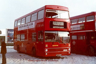 1981 MCW Metrobus M655 KYV655X route 221 only a few months old