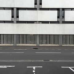 IMG_4879 (keymiart1) Tags: urban texture graffiti photo tag extérieur 照片 abstrait 素材 写真 keymi minimalisme テクスチャー urbanskin 质地 城市的 urbanepidermis 城市的皮肤 epidermeurbain 都市の表皮