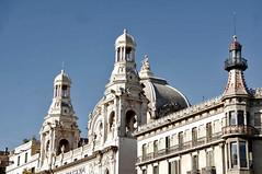 Visitons Barcelone (PierreG_09) Tags: barcelona espaa architecture spain bcn catalunya espagne catalua barcelone modernisme espanya catalogne passeigdegrcia artnouveaucatalan thtrecoliseum