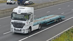 YJ62 BXY (panmanstan) Tags: truck wagon mercedes motorway yorkshire transport lorry commercial vehicle caravan freight sandholme m62 haulage hgv lowloader actros