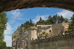 Boulevard de la Ligne - Avignon (France) (Meteorry) Tags: sky france june rock wall europe paca ciel vista provence mur avignon rocher remparts vaucluse pontdavignon 2015 meteorry provencealpescôtedazur rocherdesdoms provencealpescôted'azur pontsaintbénézet jardindurocherdesdoms