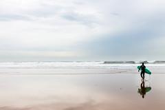 (Antonio Balsera) Tags: espaa gente surfer gijn asturias es playadesanlorenzo principadodeasturias