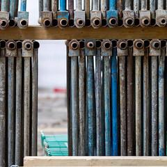 The gap (zeh.hah.es.) Tags: schweiz switzerland construction zurich baustelle zrich constructionsite kreis5 hardbrcke