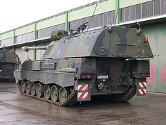 "Panzerhaubitze 2000  1 • <a style=""font-size:0.8em;"" href=""http://www.flickr.com/photos/81723459@N04/23857714906/"" target=""_blank"">View on Flickr</a>"
