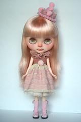 Kika (Art_emis) Tags: kika custom blythe doll sad girl clonw pink altered ooak rbl told stella savanna takara photography artemis