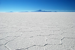 Salar de Uyuni (Voyages Lambert) Tags: action atacamadesert atacamaregion awe bolivia chile colorimage contrasts copper dead delaware desert dry earth furious geologicalfeature highcontrast highup landmarks landscape landscapes loneliness mountain nature oxygen salar salardeuyuni salt smoke snow theend travellocations lithium