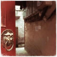 門環 (nefasth) Tags: 门把手 胡同 中國 porte door hutong pékin beijing chine china hipstamatic 北京