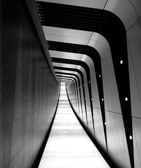Corridor  (Explore 20-09-2015) (only lines) Tags: london architecture modern vanishingpoint link kingscross passage