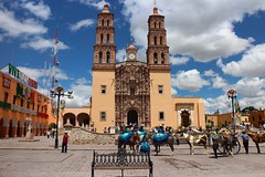 Parish of Our Lady of Sorrows, Dolores Hidalgo, Mexico (Bencito the Traveller) Tags: mexico doloreshidalgo parishofourladyofsorrows