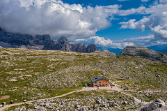 Rifugio Lavaredo (marypink) Tags: summer sky mountains clouds nuvole estate pov cielo sentiero unescoworldheritage mantagne trentinoaltoadige dolomitidisesto nikond800 rifugiolavaredo nikkor1635f40 percorsodelletrecime