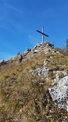 Rabenkopf (aniko e) Tags: autumn sky mountain mountains trekking germany bayern bavaria hiking summit walchensee kochel jachenau rabenkopf bayerischevoralpen clilmbing bavarianprealps