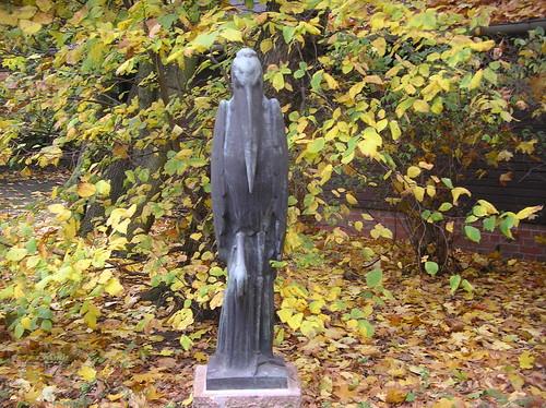 1964 Berlin-O. Reiher von Martin Hadelich Bronze Tierpark Friedrichsfelde Am Tierpark 39 in 10319 Friedrichsfelde