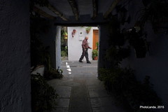 Tinao y hombre pasando (Landahlauts) Tags: man stranger andalucia andalusia sierranevada andalusien lanjaron hombre desconocido manantial andalusie balneario aguapotable extrao andaluzia robado aguamineral tinao  embotelladora andaluzja robandoalmas stealingsouls andaluzio   caoneros    alpujarragranadina  comarcadelaalpujarra andalouzia barriohondillo andalusiya  fujifilmxpro1 fujifilmfujinonxf18mmf2 f allancharon