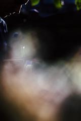 Bart (Pim Geerts) Tags: pink sun mist black colour green clouds zeiss dark haze creative bart 85mm wolken visser hasselblad nebula carl flare portret zon flair portrair tegenlicht planar kleur 1485mm pimg4438