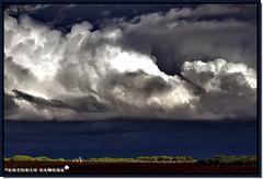 La Tormenta Perfecta (Antonio Zamora) Tags: blue autumn sky espaa cloud paisajes naturaleza white storm fall blanco nature weather azul clouds canon landscape eos landscapes spain natura paisaje cielo nubes tormenta otoo hdr nube lamancha castillalamancha llanura cumulo manchuela casasimarro cmulo eos7d antoniozamora manchuelaconquense