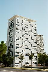 2016/017 (Karl Schnswetter) Tags: 35mm kodak croatia zeissikon split bau dalmatian fassade contaflex ektar100