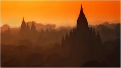 Myanmar. Bagan, la fabuleuse. (leonhucorne) Tags: sunset sunlight colors rouge orange bagan myanmar birmanie asie asia travel tourisme vacances voyage paysage landscape nikon d7000 ngc flickrtravelaward