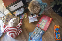 """What did you get, Seamus?"" (grilljam) Tags: christmasday presents winter december2016 seamus 4yrs ewan 7yrs games books carcarrier"
