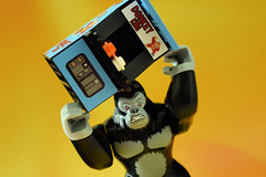 Donkey Kong's way of playing Donkey King! (Lesgo LEGO Foto!) Tags: game cute love fun toy toys nikon king lego gorilla arcade donkey games kong minifig collectible minifigs nikkor omg console donkeykong collectable minifigure minifigures gamearcade d5300 legophotography legography collectibleminifigures collectableminifigure coolminifig 60mmf28drmicro