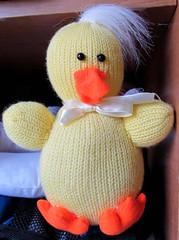 BABY DUCK..... (Daisy.Sue) Tags: yellow topofhead stuffedanimal billfeet babytoy babyduck putnamcounty whitebow carmelny aroundneck orangematerial kentrecyclecenter knittedmaterial autumn2015 fuzzywhitetuft