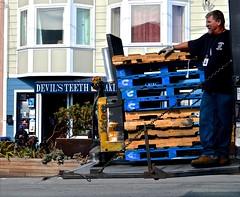 Devil's Teeth, going up, (David McSpadden) Tags: sanfrancisco street truckdriver noriega goingup devilsteeth loadingpallets