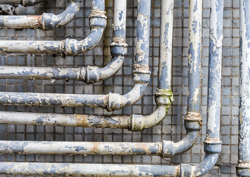 The world 39 s best photos of hongkong and plumbing flickr for What are old plumbing pipes made of
