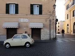 Bracciano, Lazio. Ottobre 2016 (quandonehovoglia) Tags: italia italy lazio bracciano streetphotography 500 fiat500