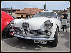 Alfa Romeo Giulietta Sprint Veloce (v8dub) Tags: alfa romeo giulietta sprint veloce schweiz suisse switzerland italian pkw voiture car wagen worldcars auto automobile automotive old oldtimer oldcar klassik classic collector