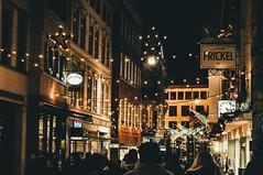 in the cities (lina zelonka) Tags: wiesbaden hessen germany linazelonka hesse weihnachtsmarkt weihnachten christmasmarket christmas decoration winter city deutschland europe europa night nacht rheinmain rheinmaingebiet nikond90 50mm
