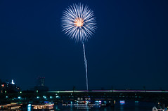 Only one shot of Sumida Hanabi (Pop_narute) Tags: firework hanabi festival sumida kawa rive bridge train railway night tokyo japan