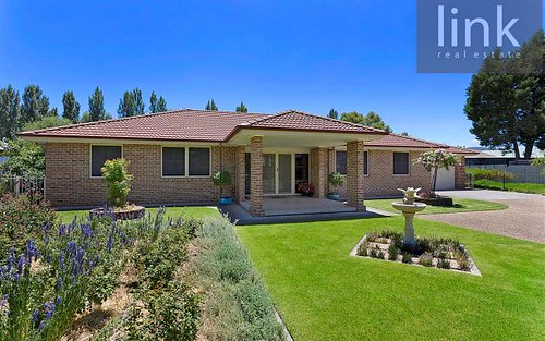 4 Bindi Court, Lavington NSW 2641