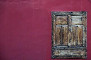 Ventana con Rojo / Window with Red