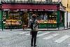 IMG_7999.jpg (matthieu.butruille-Photographie) Tags: paris sophie enseigne personnage améliepoulain collignon