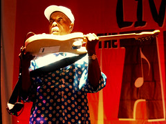 Buddy Guy, under the spell of his guitar (James Mclin Simpson) Tags: guy james arch live great under picture buddy nv event reno category simpson hunt 2016