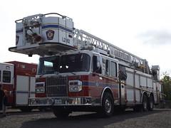 Oakville Fire Ladder 262 (car show buff1) Tags: rescue canada fire cobra chief platform engine ambulance special operations ladder heavy incident command commander oakville hazmat dept on pumper battalion rosenbauer