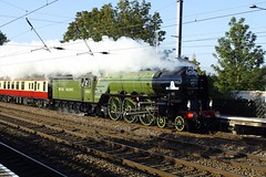 60163 Tornado Cantering North (gooey_lewy) Tags: light green apple sunshine station train silver coast nice perfect br slow pacific jubilee bedfordshire rail loco down steam east trust british locomotive a1 tornado railways talisman mainline lner 462 arlesey 60163