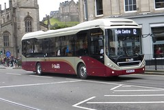 44 - BT64 LHZ (Cammies Transport Photography) Tags: buses volvo edinburgh place centre 12 hybrid 44 lothian gyle 7900 shandwick lhz bt64 bt64lhz