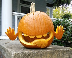 Hitchhiker's Gourd (fo.ol) Tags: tongue pumpkin carve hendersonville thehitchhikersguidetothegalaxy dontpanic hgttg hitchhikersgourdtothegalaxy