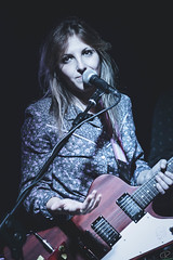Matilde Davoli @Loop Live Club (Cristiana Rubbio) Tags: woman canon drums 50mm concert bass guitar live piano voice onstage mic ancona osimo davoli loopliveclub matildedavoli