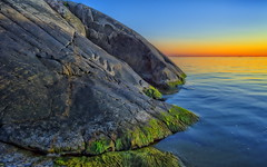 _DSC8816   Porkkalanniemi (NordVei) Tags: park light sunset sea panorama sun seascape fall colors rock finland landscape outdoors europe wave national cape nikkor peninsula alga the porkkala suomenlahti nordman veikko porkkalanniemi kalliot nikond4